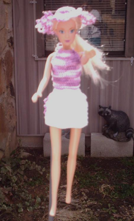Knitting Pattern Barbie Doll Clothes Free : Free Barbie doll clothes patterns for cute skirt, top and ...