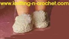 Free American girl doll clothes pattern for slippers to fit 18