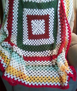 Download Rose Crochet Granny Squares Afghan @ medyalink.com